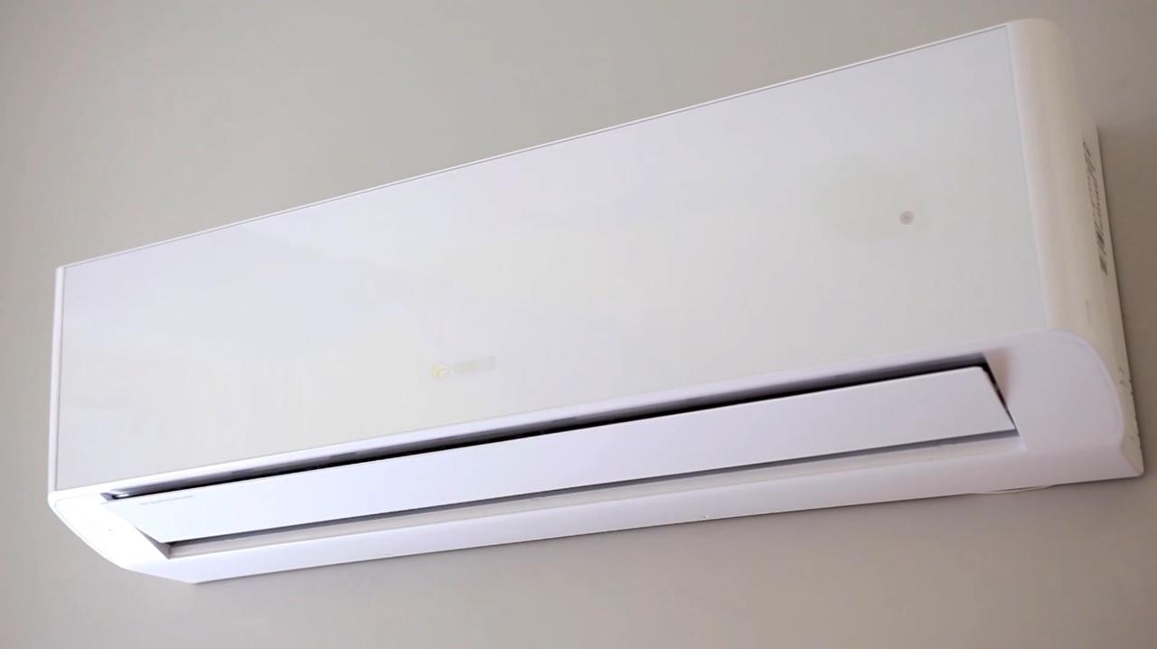Кондиционер GREE Amber DC inverter GWH18YE-S6DBA2A +Wi-Fi